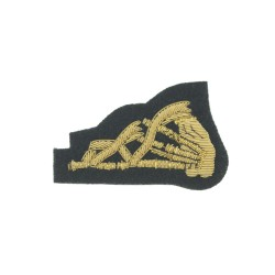 Pipe Majors and Pipers - Qualification Badge - Royal Irish Regiment - British Army